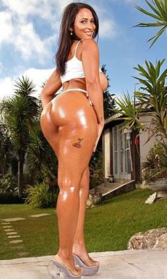 Lana Paes