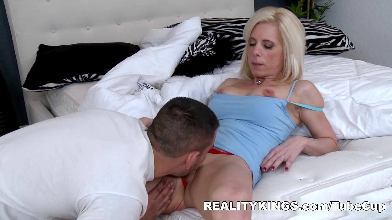 Fabulous pornstar in Horny MILF, Mature xxx movie