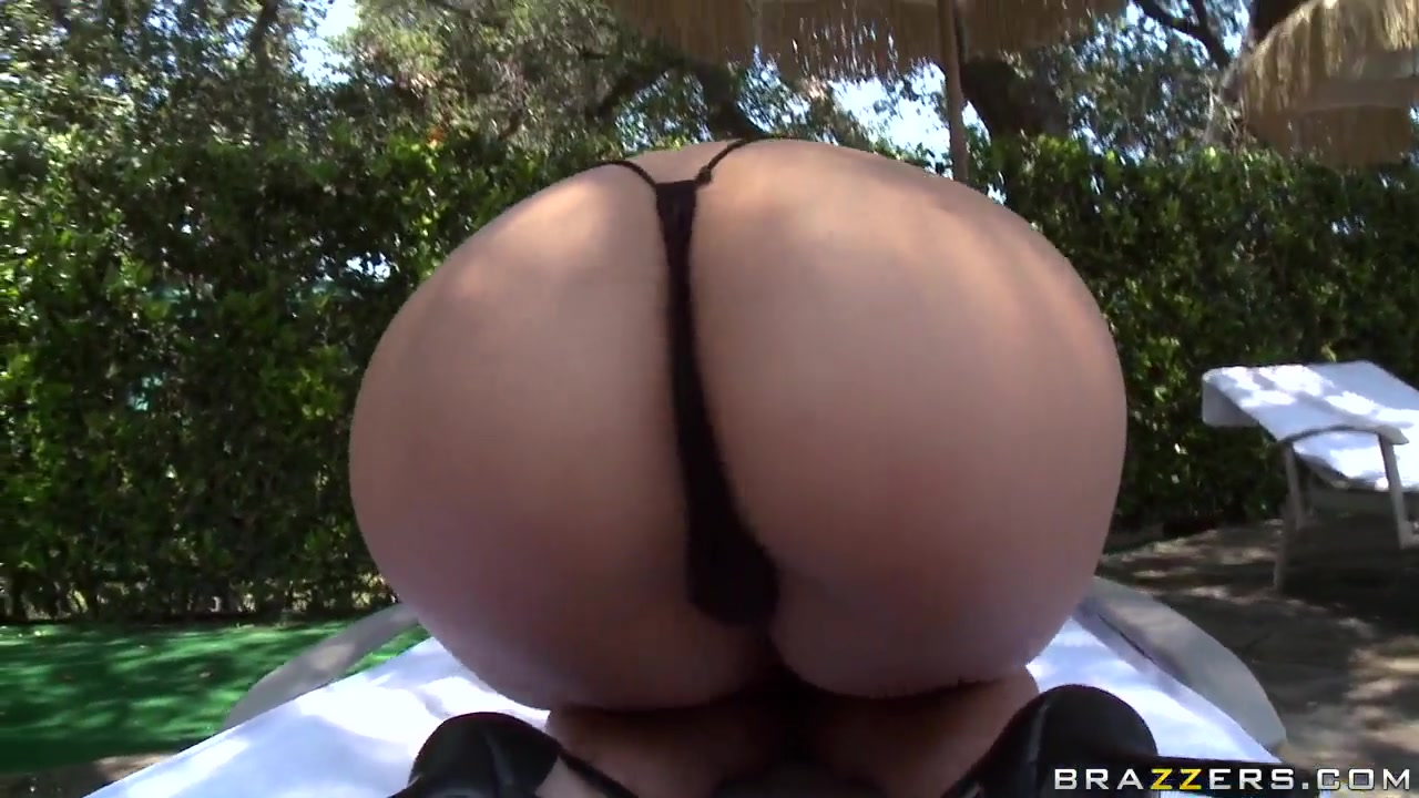 Bring more anal beads for oily ass of Cassandra Cruz