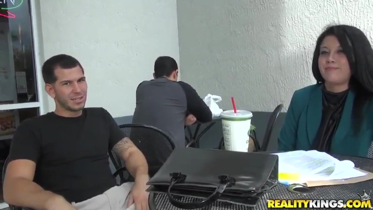 A young dude notices a new fancy chick in his office and invites her home for a fuck