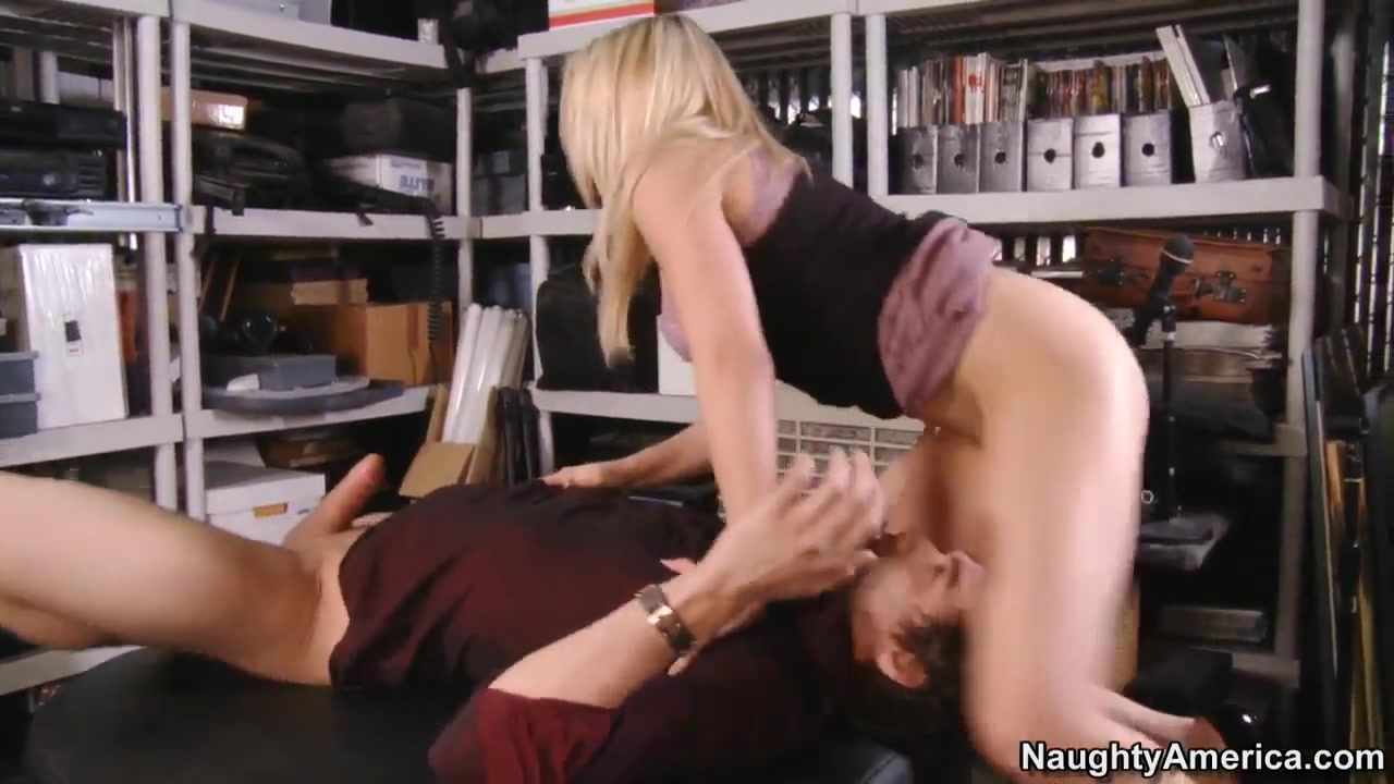 Kinky boss Madison Ivy in 69 action with her employee Xander Corvus