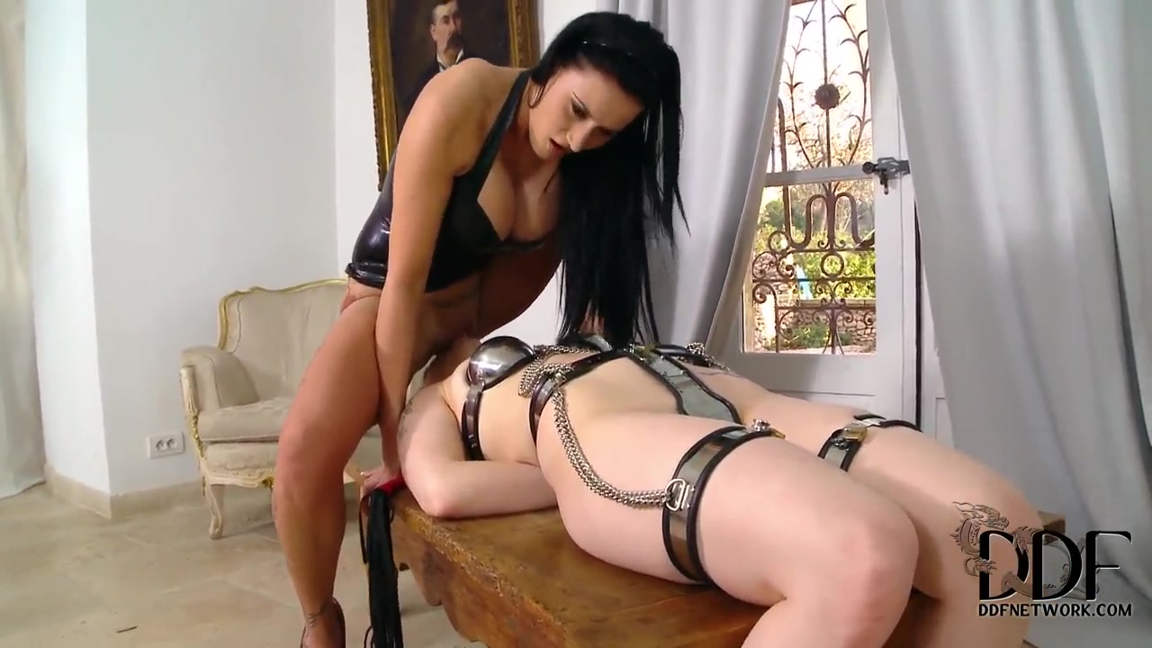 Lesbian vibrator bondage the