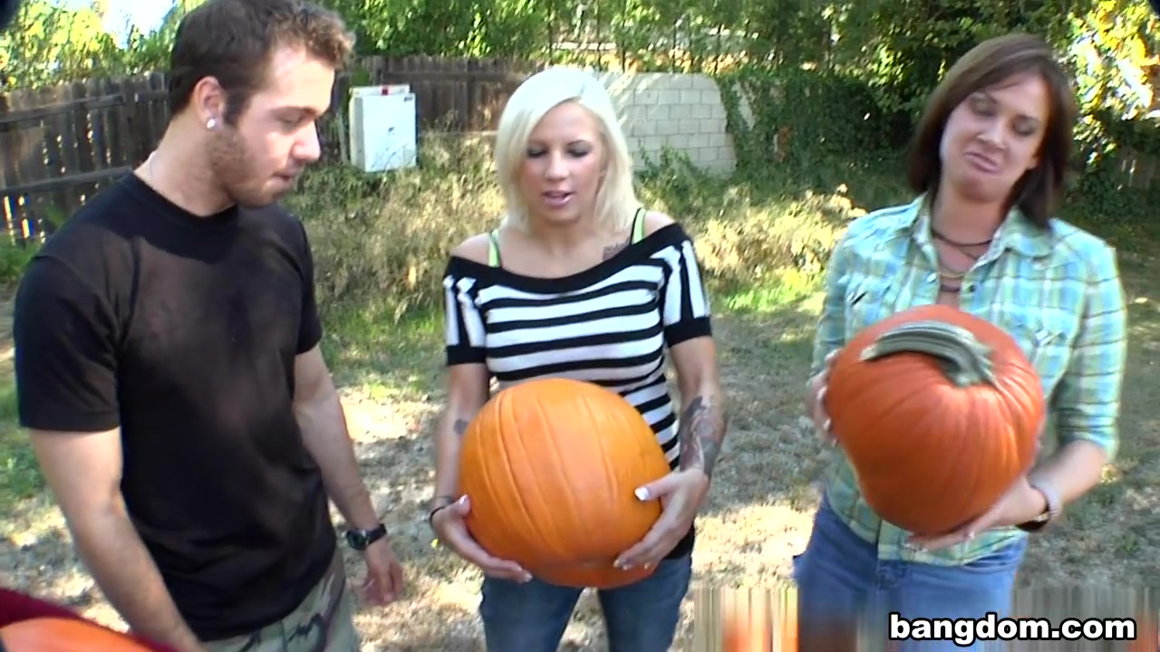 Tory Lane, Lylith Lavey, Presley Hart in Pumpkin Patch Fucking Tory Lane, Lylith...
