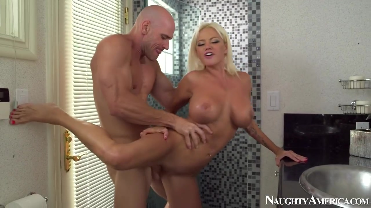 nikita-von-james-and-johnny-sins-porno