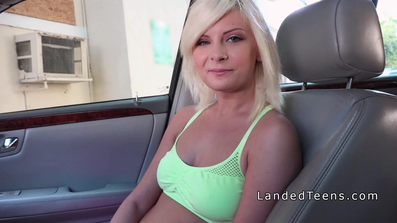 strandedchicks com