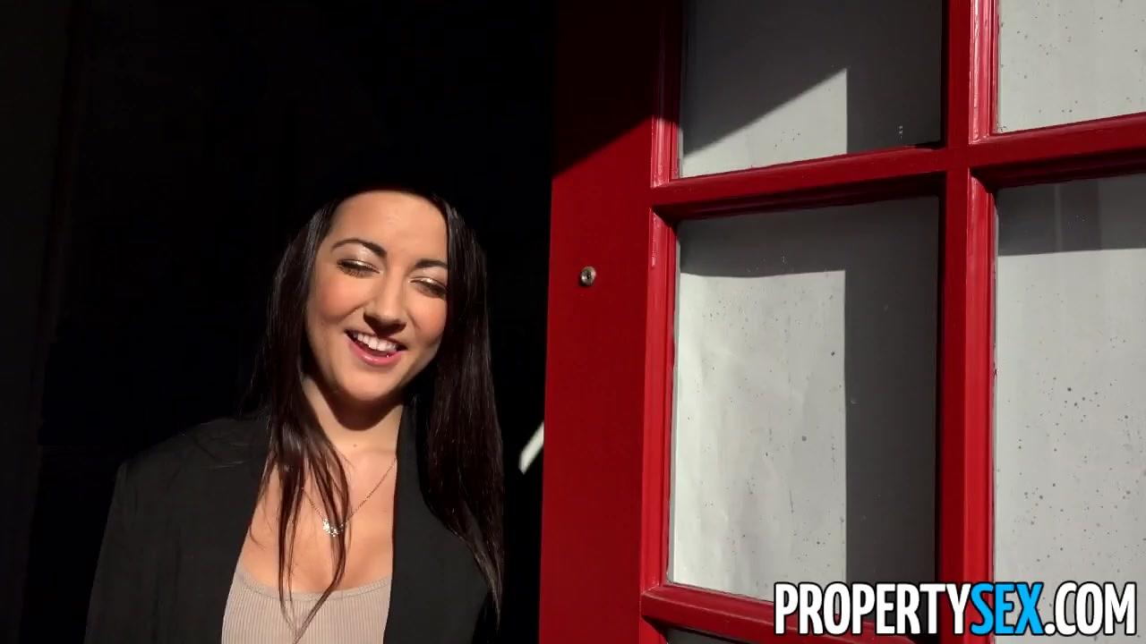 PropertySex Lily Adams and Her Rocking Body Bones Renter