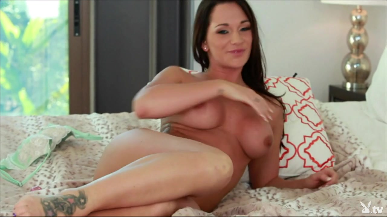 Sucking dick cuming on huge boobs